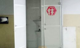 Toilet Portable Tipe Urinoir di Mall Kazza City - Surabaya